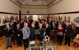 Presentation of 5th Battalion history